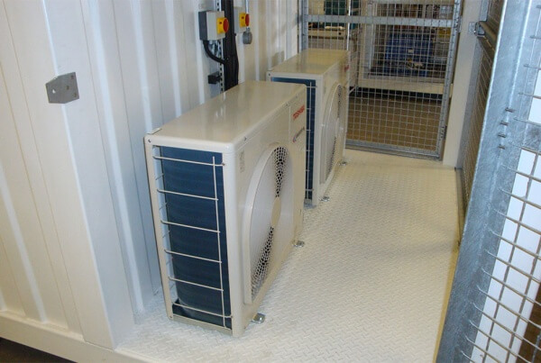 Bespoke cooling for ISO containers